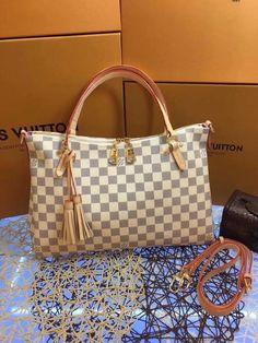 Lv Handbag – Colorfulmeteors Lv Handbags, Louis Vuitton Handbags, Louis Vuitton Damier, Selfies, All About Fashion, Natural Leather, Leather Handle, Like4like, Crossbody Bag