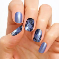 Color Street Northern Wonder - dreamy, otherworldly marble nail polish strips in color-shifting purple to blue tones with a duo chrome finish Dry Nail Polish, Nail Polish Strips, August Nails, Party Nails, Color Street Nails, Simple Nail Designs, Nail Bar, Purple Nails, Fabulous Nails
