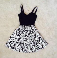 Teen Fashion | Tumblr | floral | Bethany mota | macbarbie07 | sunglasses | arianagrande