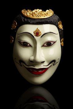 Rama mask from Bali. Data unknown.