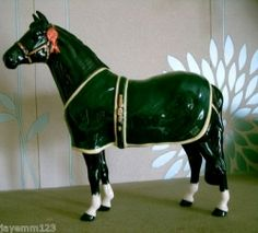 BESWICK HORSE CHAMPION WELSH MOUNTAIN PONY BCC 1999 BLACK GLOSS A247 PERFECT Image