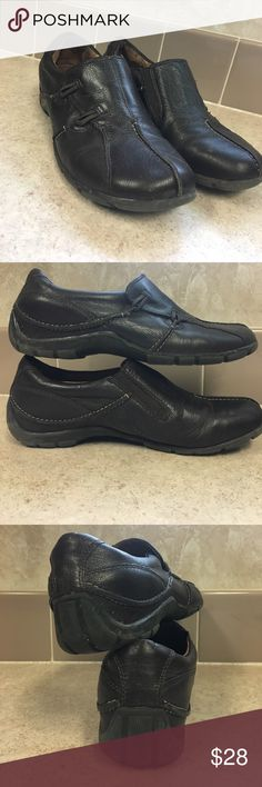 Naturalizer Women's Shoes Worn but in great condition.  Little to no sign of wear. Brown soft leather outter material. Comfortable soles. Naturalizer Shoes