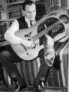 Boris Vian et son chat.