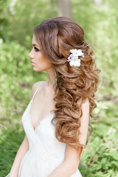 messy long curly wedding hairstyle