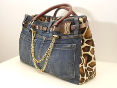NYC bag/by My Jeans Bag This one is actually cute! My Bags, Purses And Bags, Tote Bags, Jean Purses, Denim Purse, Old Jeans, Denim Jeans, Recycled Denim, Handmade Bags