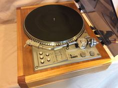 Pioneer PL 560 Turntable