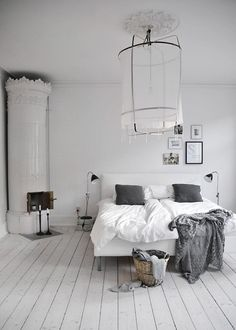 Great space with lots of layers and interesting decor. Absolutely love the white painted floor boards!!!!