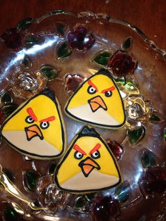 Yellow Angry Bird cookies