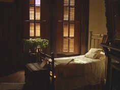 Bedroom in Flavel house in Astoria Oregon