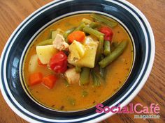 Chicken Soup with Green Beans and Vegetables | SocialCafe Magazine