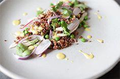 Qooking.ch | Salade de quinoa rouge Grains, Rice, Beef, Food, Red Quinoa Salad, Quinoa Recipe, Fennel, Salads, Snap Peas