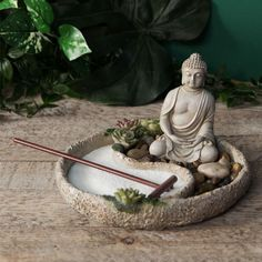 Tabletop zen garden kit complete with candle holder and buddha statue. Discover the ancient art of cultivating your very own zen garden and discover the calming energy which reduces stress and anxiety. Mini Zen Garden, Garden Art, Garden Design, Zen Sand Garden, Yoga Garden, Miniature Zen Garden, Asian Garden, Garden Ideas, Urban Gardening Berlin