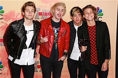 5 Seconds Of Summer's Michael Clifford Falls Off Stage At BBC Radio 1 Teen Awards