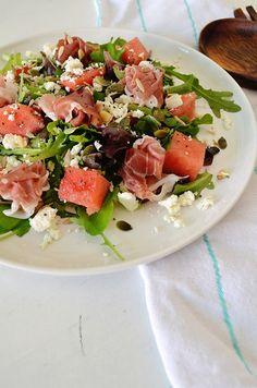 Recipe: summersalad with watermelon, Parma ham and feta cheese Parma Ham, Ham Salad, Ham And Cheese, Feta, Food Inspiration, Watermelon, Good Food, Healthy Recipes, Healthy Food