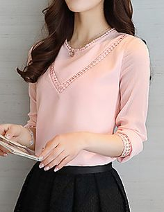 Cute pink lace tops ,need to try Blouse Styles, Blouse Designs, Top Chic, Formal Tops, Summer Blouses, Blouse And Skirt, Short Tops, Long Tops, Western Outfits