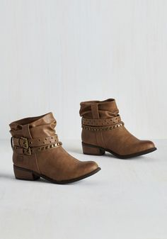 Both Feet on the C&ground Bootie in Bark. Tent? #brown #modcloth & Vince Camuto Franell u2013 Notched Bootie | Shoes | Pinterest | Vince ...