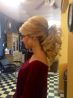 Prom pageant homecoming or wedding formal updo ponytail. Too cute and dressy! Classic curly high low ponytail