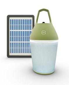 Nomad, une lampe solaire rechargeable et portable conçue à la fois pour les pays en voie de développement et les pays industrialisés.