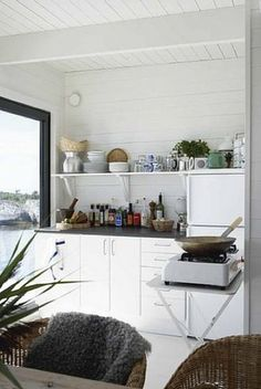 Old Pine Table With a View… a Simple Swedish Houseboat Living On A Boat, Tiny Living, Houseboat Living, Tiny House Blog, Pine Table, Cottage Kitchens, Floating House, Beach Shack, Summer Kitchen