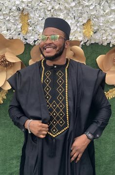 Latest African Wear For Men, African Shirts For Men, African Attire For Men, African Clothing For Men, Latest African Fashion Dresses, African Men Fashion, Couples African Outfits, Agbada Styles, African Fashion Traditional