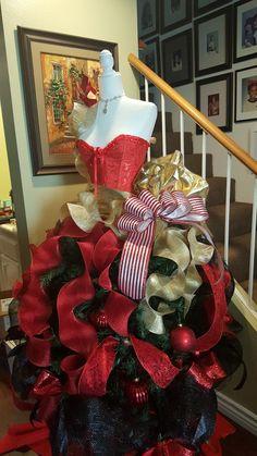i like the ribbon Mannequin Christmas Tree, Dress Form Christmas Tree, Cool Christmas Trees, Office Christmas, Christmas Tree Themes, Christmas Tree Toppers, Pink Christmas, Outdoor Christmas, Christmas Home