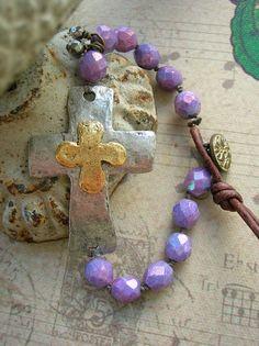 Hammered cross bracelet with leather Inner Faith by 3DivasStudio