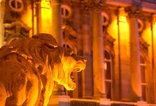 Lion statue in the courtyard of the Royal Palace on Castle Hill, Budapest, Hungary Visit Budapest, Budapest Hungary, Buda Castle, Royal Palace, Central Europe, Travel Ideas, Mars, Lion Sculpture, Statue