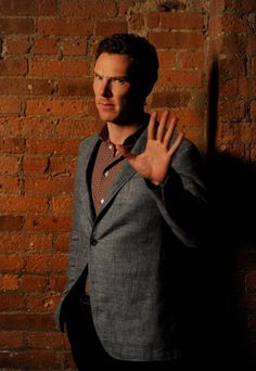 Benedict Cumberbatch article from @USATODAY http://entertainthis.usatoday.com/2014/11/26/this-is-why-benedict-cumerbatch-will-never-be-on-social-media/ …