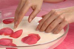 Tratamientos naturales para mantener unas manos jóvenes y sanas - Vida Lúcida