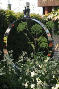 Kate Gould, Keith Chapman, and the City Living Garden - Pumpkin Beth Chelsea 2017, Chelsea Flower Show, City Living, White Flowers, Art Work, Garden Sculpture, Sculptures, Pumpkin, Gardens