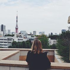 Had a random Monday off work today so spent the day wandering around Roppongi. It's so much quieter on a weekday, here's me enjoying some views of Tokyo Tower. Tokyo Japan Travel, Japan Travel Guide, Osaka Japan, Kyoto Itinerary, Nijo Castle, Roppongi, Japan Today, Tokyo Tower, Visit Japan