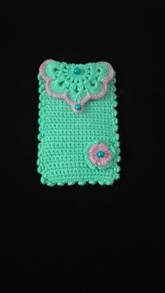 Crochet Phone Cover crochet home: Crochet Phone Case Crochet Phone Cover, Crochet Pouch, Crochet Hook Set, Love Crochet, Crochet Gifts, Diy Crochet, Crochet Handbags, Crochet Purses, Crochet Designs