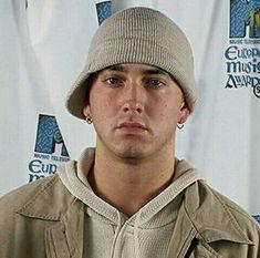 Eminem Photos, Eminem Slim Shady, Rap God, Hot Guys, Hot Men, Maisie Williams, Aesthetic Photo, Going Crazy, Hip Hop