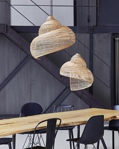 Imagine these beautiful lights in your dining room! Natural materials like wicke… Imagine these beautiful lights in your dining room! Natural materials like wicker and rattan are the latest home decor trend, and we love these spiral pendant lamps! Home Lighting, Modern Lighting, Pendant Lighting, Pendant Lamps, Lighting Ideas, Rattan Lamp, Lampe Decoration, Lamp Sets, Lampshades