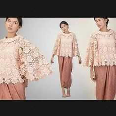 brokat prada Kebaya Lace, Kebaya Brokat, Dress Brokat, Kebaya Dress, Fashion Line, Hijab Fashion, Batik Dress, Lace Dress, Model Kebaya Modern