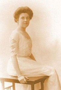 *ELSIE & EDITH BOWERMAN~ were assigned in the 1st Class section of the…