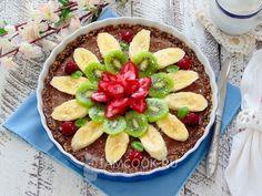 Фото вегетарианского тарта с бананом и авокадо