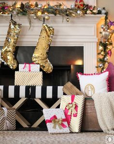 Christmas Home Tour: Blogger Stylin' Home Tours