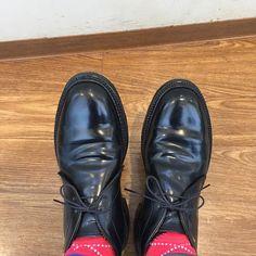 2017/03/16 16:20:58 masayaszk やっと晴れの日ですね☀️ 今日は黒馬🏇チャッカブーツです。 I wear Alden black shellcordovan chukka boots today.  #alden #オールデン #足もと倶楽部 #leathershoes #horween #shellcordovan #fashion #kicks #todayskicks #Tokyo #KOTD #aldenarmy #YOLO #tagsforlike #tflers #instagood #instadiary #instalike #instapic #instaphoto #madeinusa #leathergoods #shoestagram #instashoes #shoeporn