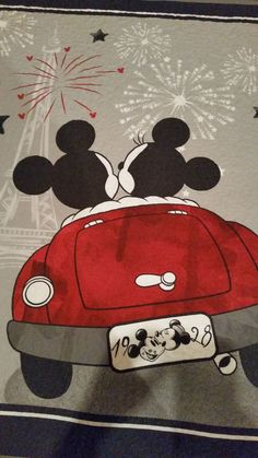 """This is a Disney fabric panel """"Mickey & Minnie Night Out"""" machine quilted with a stippling pattern. The quilt has a coordinating backing fabric and is finished with a gray binding. Disney Mickey Mouse, Mickey Mouse E Amigos, Mickey Mouse Cartoon, Mickey Mouse And Friends, Baby Disney, Mickey Mouse Quilt, Minnie Mouse Drawing, Mickey Mouse Drawings, Disney Drawings"""