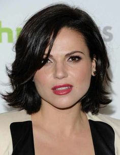 Regina once upon a time  Love her hair..