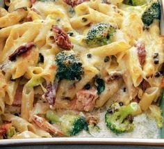 This creamy Italian Broccoli & Salmon Bake combines the perfect ingredients for a meal that even the pickiest of eaters would enjoy. #family #dinner