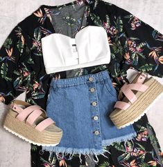 🌙NEW ARRIVALS > disponible en locales y shop online ( delivery en el dia CABA) Teenager Outfits, Girl Outfits, Casual Outfits, Cute Outfits, Fashion Outfits, Womens Fashion, Aesthetic Clothes, Spring Outfits, Style Icons