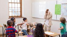 Beginnende leraren krijgen de klas soms moeilijk stil. 3 starters leggen hun situatie voor. Mentoren An Luyten en An Robeys geven tips voor minder kabaal.