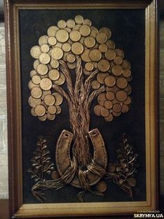 Passion - My site Coin Crafts, Diy And Crafts, Photo Wall Hanging, Creative Money Gifts, Glue Art, Feather Wall Art, Coin Art, Money Trees, Copper Art