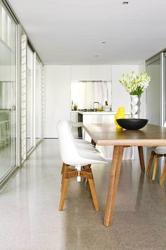 apartment-white-kitchen-timber-dining-table-mar15