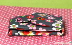 Sew a DIY iPhone or iPod touch Case Stand! Free pattern for personal use.