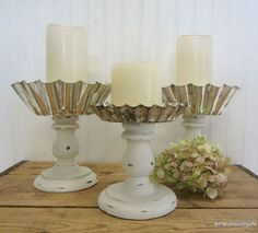 Turn Thrift Store Jello Molds Into Gorgeous Farmhouse Decor! Keep your eyes peeled for those vintage jello molds. This is a beautiful way to repurpose them. When I found a few vintage jello molds at a garage sale I, kindof, knew what I wanted to do with t Vintage Candle Holders, Vintage Candles, Upcycled Crafts, Farmhouse Candles, Farmhouse Decor, Vintage Farmhouse, Vintage Jello Molds, Crafts To Make, Diy Crafts
