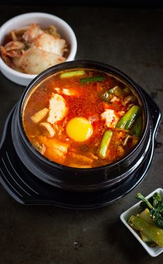 Soondubu Jjigae (Korean Soft Tofu Stew with Seafood) | www.noshon.it | #korean #seafood #soup