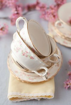 Pretty teacups with dainty roses